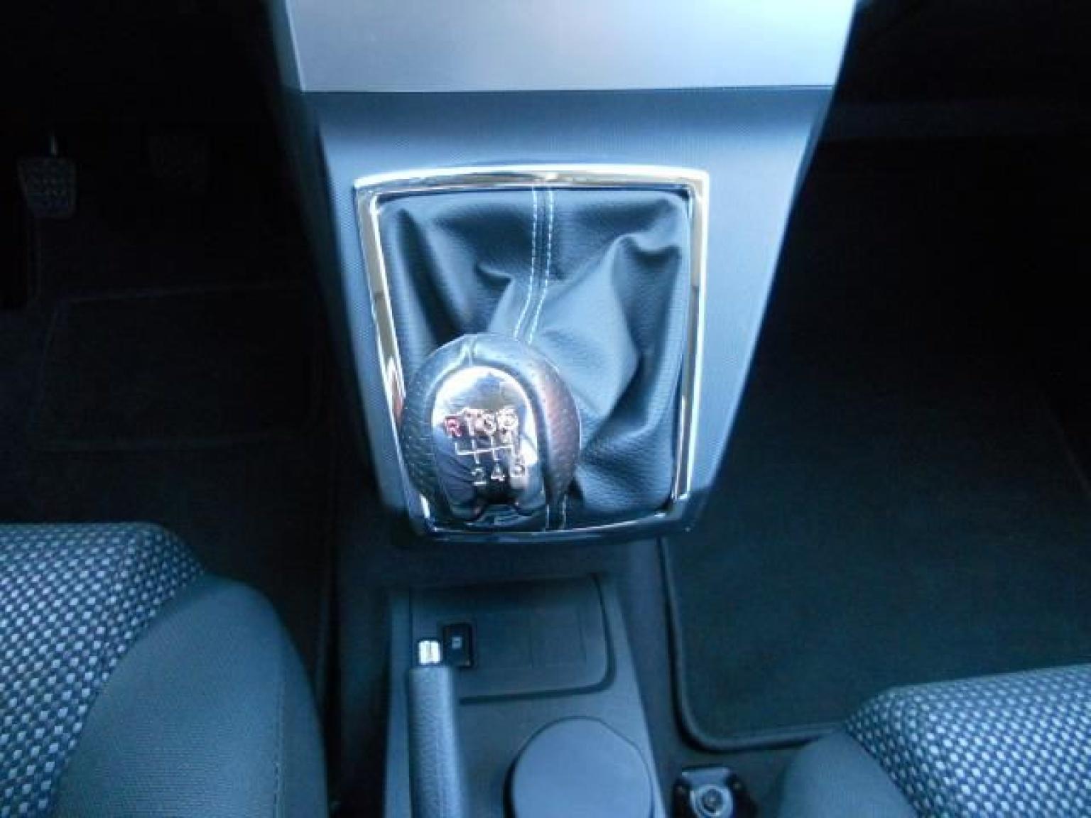 Toyota-Verso-13